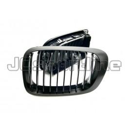 Решетка радиатора черная - BMW E46 LCI