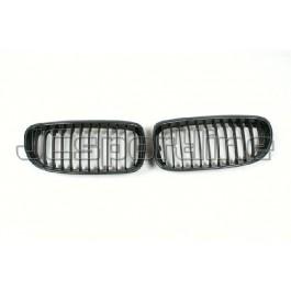 Решетка радиатора карбоновая - BMW E90 / E91 LCI